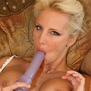 Toy Play Blonde Housewife