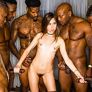 Girlfriend Gangbang At The After Party with Riley Reid