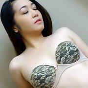 Manila Girl Boochi Seduced By Big Cock