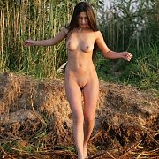 Five Nude Outdoor Babes