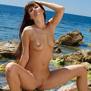 Dark Hair Outdoors Girl Nude
