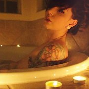 In The Bathtub On Her Cam