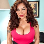 Mature Latina Showing Tits