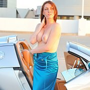 Redhead Flashing With A Bugatti
