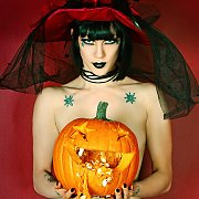 Goth Babe Carves A Pumpkin Naked with Asphyxia Noir