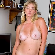Tan Lines Milf Gets Naked