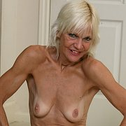 Blonde Mature Babe with Mimi Smith