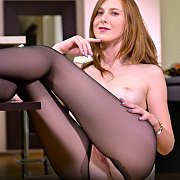 Crotchless Pantyhose Redhead Diddles
