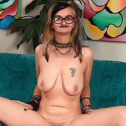 Horny Mature Slut Gets Naked For You with Lilith Lust