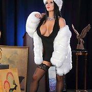 Hot Babe Posing In Her Stockings