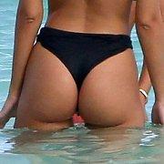 Tasty Ass Bikini Celeb Captured In the Water
