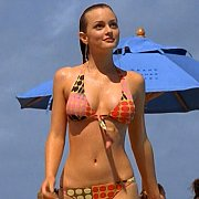 Sweet Teen Leighton Meester In A Bikini