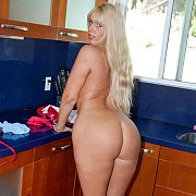 Big Ass Blonde Mature Woman Naked In The Kitchen