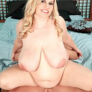 Kinky Fat Blonde Goes Reverse Girl
