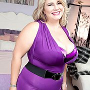 Hot Chubby Blonde In Tight Dress