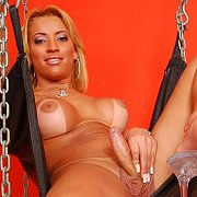 In Chains with Aline Santos