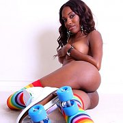 Sweet Bottom Black Babe Naked In Roller Skates