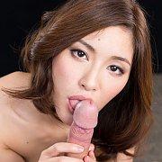Reina Natsuki Sucking Cock