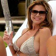 Busty Milf Celeb In Her Bikini