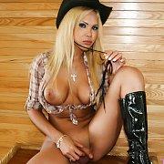 Sexy Cowgirl with Milla Viasotti
