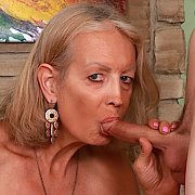 Mature Slut Gets Her Pussy Fucked with Super Sexy