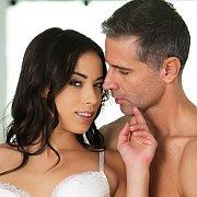 Stunning Anastasia Brokelyn Wants His Dick