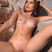 Brunette Nude Erotica Beauty In The Sun