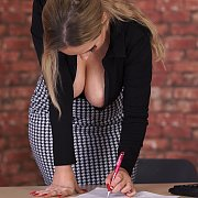 Low Cut Top Office Girl Cleavage