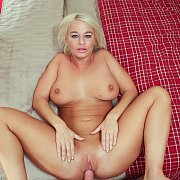 Chubby MILF With Huge Tits London Rivers