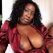 Big Tits Black Woman Flashing
