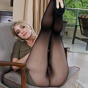 Riley Anne Pantyhose Legs Up In The Air