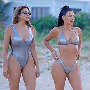 On The Beach Kim Kardashian In Bikini