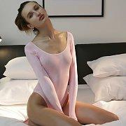First Nude Erotic Shoot With Hairy Zavya